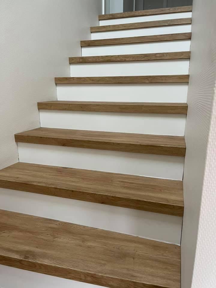 treppe-neu-vinyl-eiche